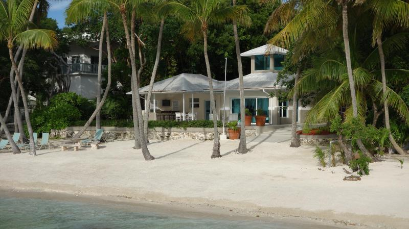 beach front private home - 'SANDY BEACH' Key Largo,Fl. Luxury Vacation Rental - Key Largo - rentals