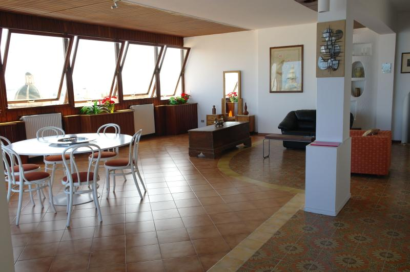 Casa vacanze Attico, marvellous penthouse just in - Image 1 - Mazara del Vallo - rentals