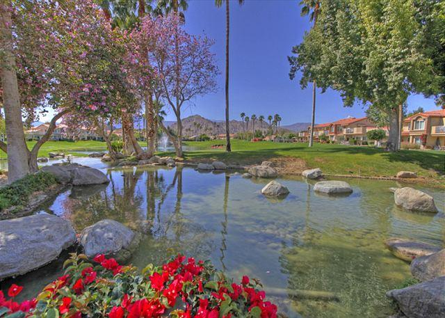 2 Bedroom upgraded Condo with a great view of the Golf Course - Image 1 - La Quinta - rentals