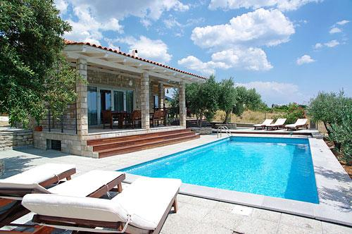Sunbathe and splash around the pool - Peaceful villa Sole with pool, set among olive groves - with an amazing sea view - Bol - rentals