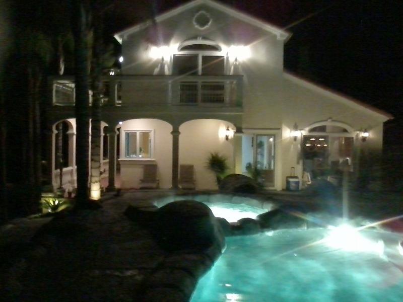Backyard at night - SunnyHills Vacation Estate w/pool 3/4 Ac Near Disneyland-luxurious 4bdrm, 3.5bth - Fullerton - rentals