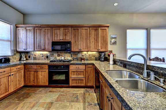 Large Complete Kitchen - Gated Community In Beautiful Entrada Home - Saint George - rentals