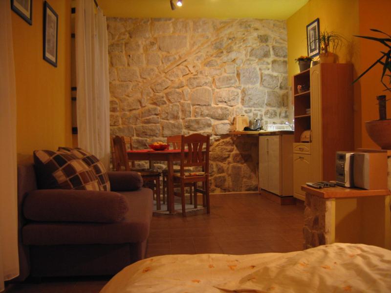 sunny, warm - Leut Apartment Korcula Town - Korcula - rentals