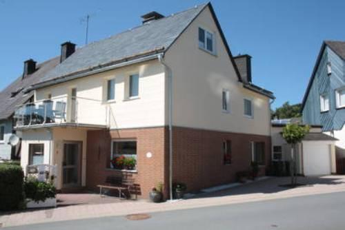 Vacation Home in Willingen - 1937 sqft, natural, quiet, comfortable (# 4184) #4184 - Vacation Home in Willingen - 1937 sqft, natural, quiet, comfortable (# 4184) - Willingen - rentals