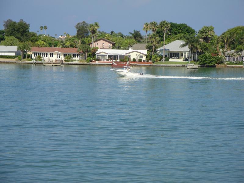 Crusing on Boca Ciega Bay - Paradise Awaits You on Isla del Sol!!! - Saint Petersburg - rentals
