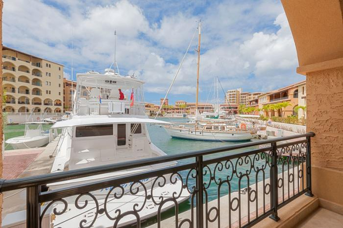 Ava... 2BR Porto Cupecoy, St Maarten 800 480 8555 - AVA... 2BR at Porto Cupecoy with fabulous marina view - Cupecoy - rentals