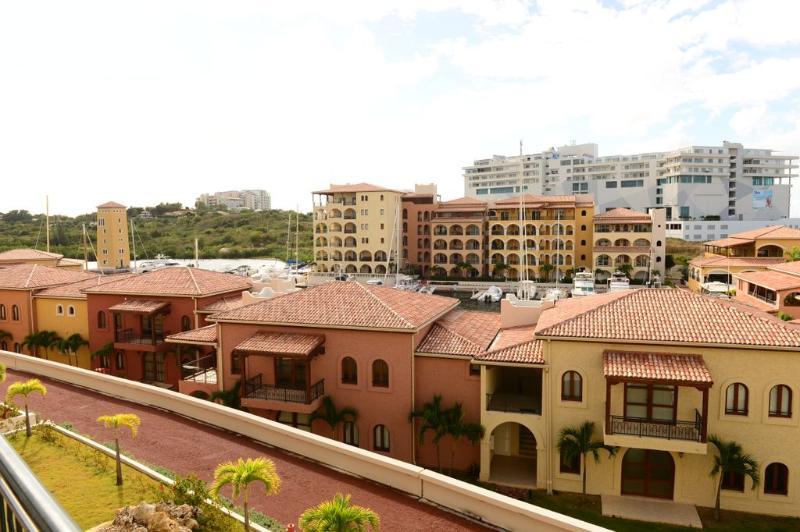 MARE * Porto Cupecoy... St Maarten - Image 1 - Cupecoy - rentals