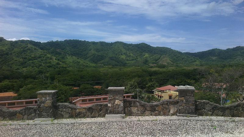 Beautiful mountain range - Pura Vida 9 mountain view near Coco /Ocotal Beach - Playas del Coco - rentals