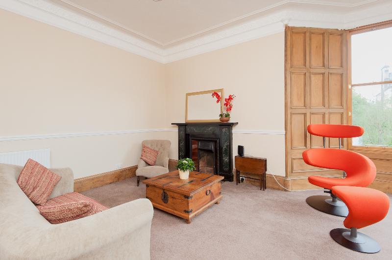 Comiston Terrace Apartment - Image 1 - Edinburgh - rentals