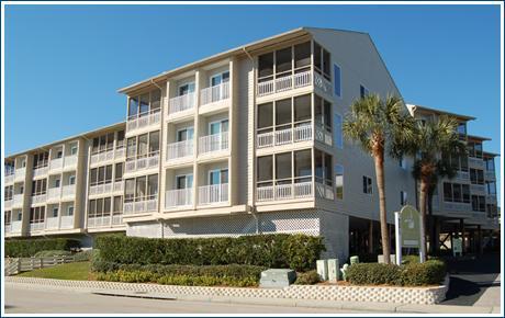 Pelican's Watch Building - Great 3 Bedroom Vacation Rental, Near Beach w/ WiFi/Flat Screens/Pool! - Myrtle Beach - rentals