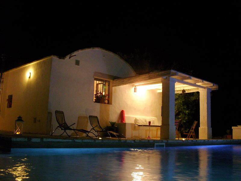 swimming area - L'ANNAMARCO best place to stay in a very old and Nice trullo in  Ostuni Puglia Italy - Ostuni - rentals