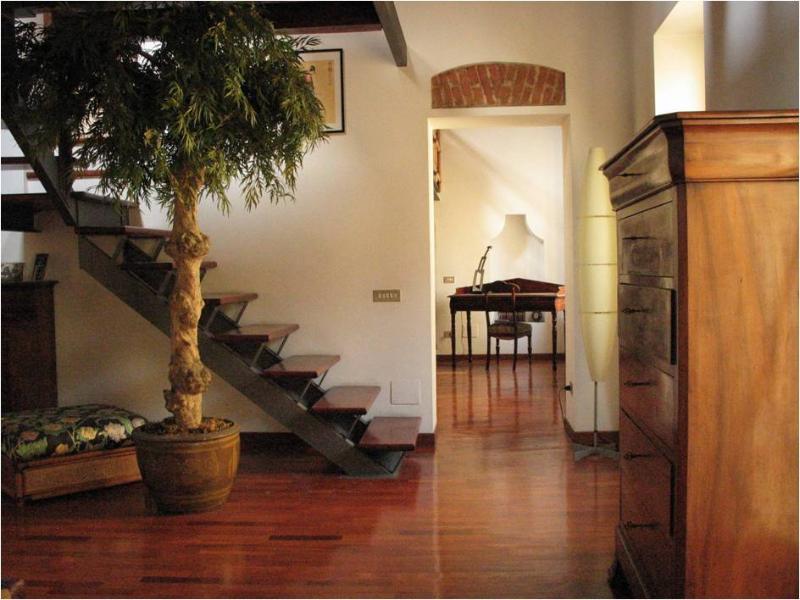 Entrance - Porta Romana Gorgeous Attic, Milan, Italy - Milan - rentals