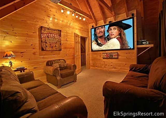 The Search is Over—Affordable Luxury, Central Location, Theater & Hot Tub - Image 1 - Gatlinburg - rentals