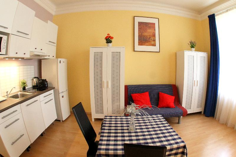 2-ROOM PRAGUE CENTER ROMANTIC WI-FI - Image 1 - Prague - rentals