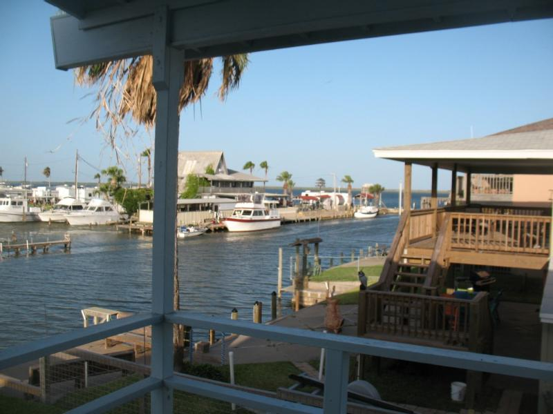 Waterfront Home in Palm Harbor Sleeps 9 - Image 1 - Rockport - rentals
