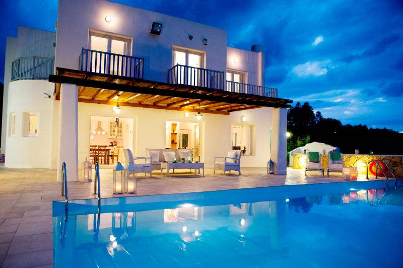 Fabulous villa, stunning sea views in idyllic  loc - Image 1 - Protaras - rentals