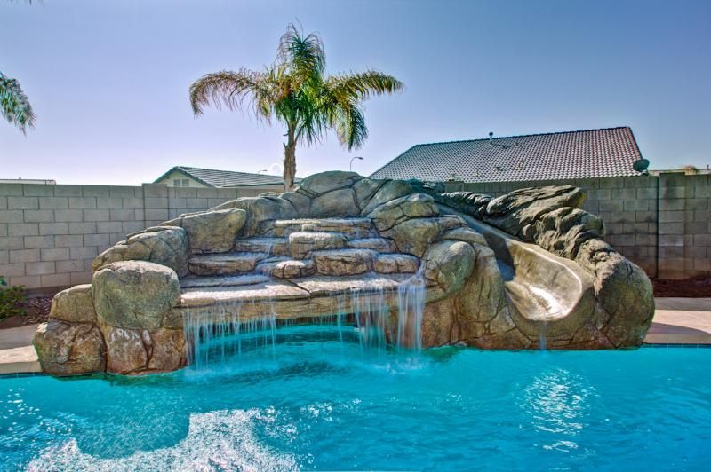 Pool - LUXURIOUS ARIZONA HOME WITH POOL RETREAT - Avondale - rentals