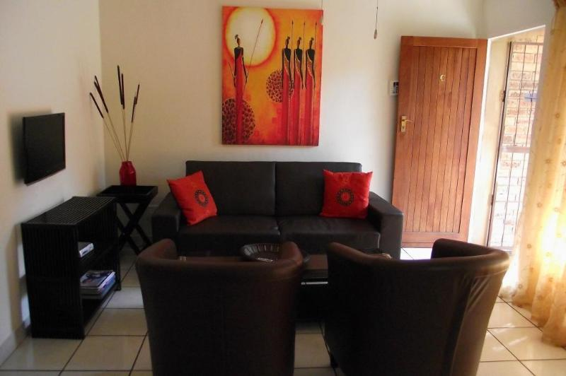 Self Catering units 4 availabel all 2 bedrooms & one 2 Sleeper unit - Self Catering Units in Nelspruit Mpumalanga South Africa - Nelspruit - rentals