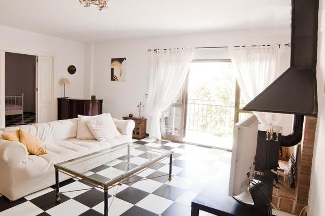 Large living room - Attractive Large One Bedroom Apartment - Malaga - rentals