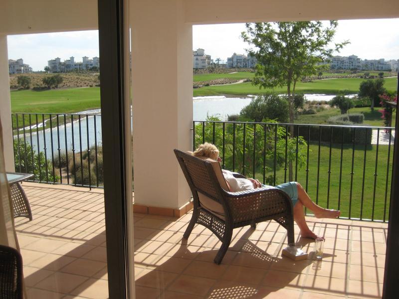Extra large balcony doubles the apartment living area - Luxury Apartment on Hacienda Riquelme Golf Resort - Murcia - rentals