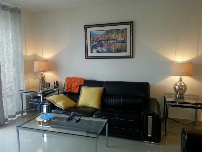 Living Room - Beautiful 2BEDROOM/2BATH Apartment! - Dania Beach - rentals