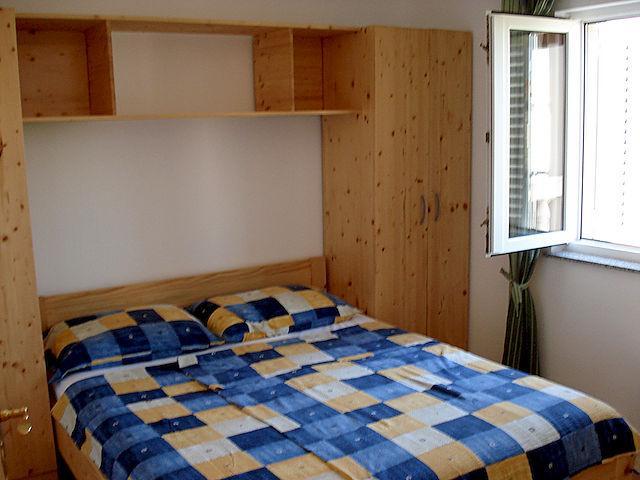 Apartmani JAKLIN Banjol, Rab: Apartment B - Image 1 - Rab - rentals