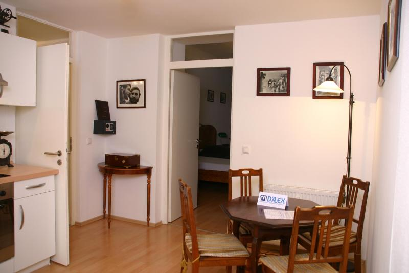 Romantic apartment in Munich - Image 1 - Munich - rentals