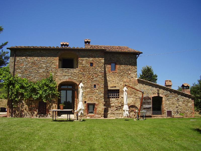 Podere Pievina - Detached independent villa in Tuscan countryside with private pool and garden - Sinalunga - rentals