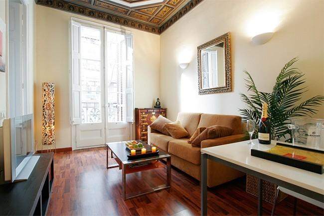 B107 COZY CENTRAL APARTMENT - Image 1 - Barcelona - rentals