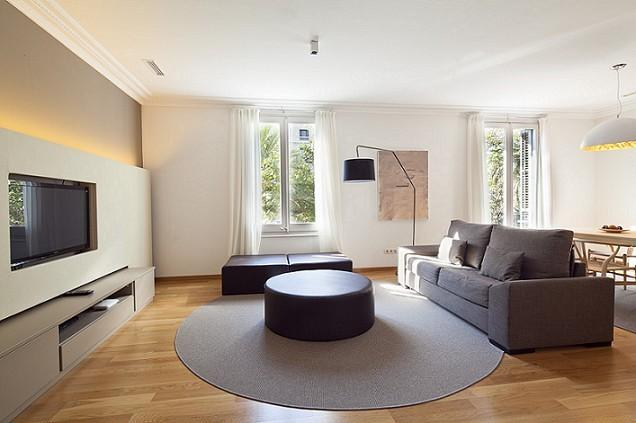 B120 ONE BEDROOM LUXURY CITY APARTMENT - Image 1 - Barcelona - rentals