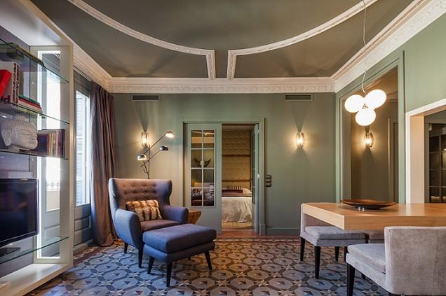 B239 CENTRAL LUXURY APARTMENT - Image 1 - Barcelona - rentals