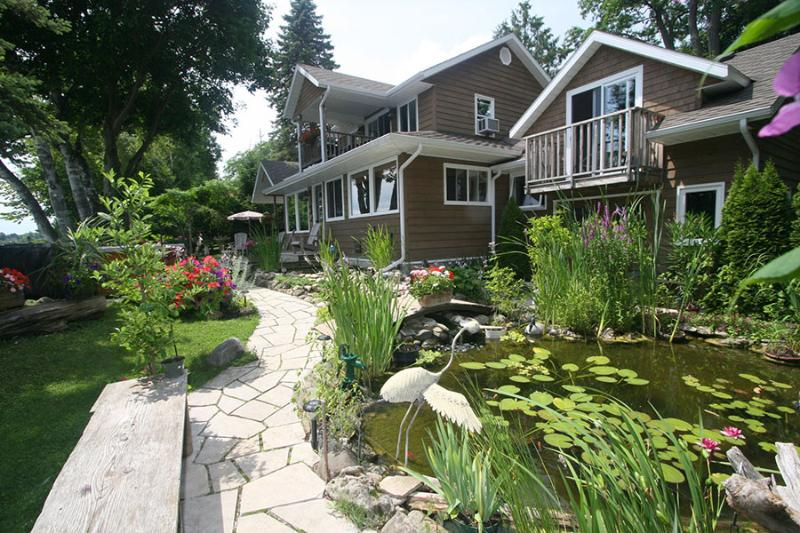 The Bayridge cottage (#801) - Image 1 - Owen Sound - rentals