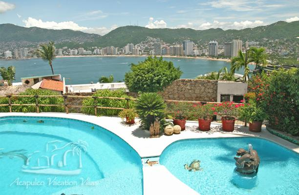 ACA - COL05 Amazing bay views in a casual, Tropical setting.  Great for families or friends! - Image 1 - Acapulco - rentals