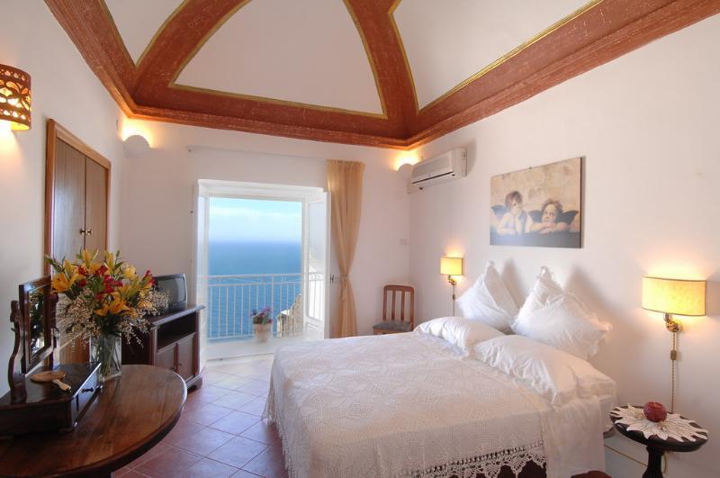 Villa Arcobaleno - Image 1 - Praiano - rentals