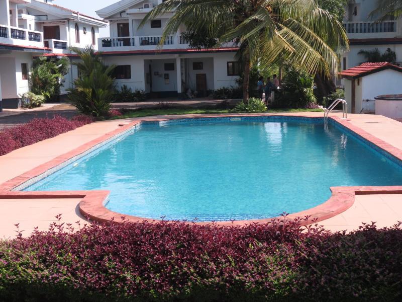 SWIMMING POOL - 10) A/C Villa Arpora Sleeps 4 & WiFi - Arpora - rentals