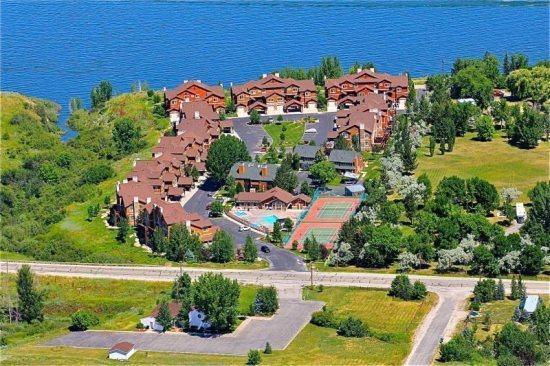 Darling Lakeside Getaway - Image 1 - Huntsville - rentals