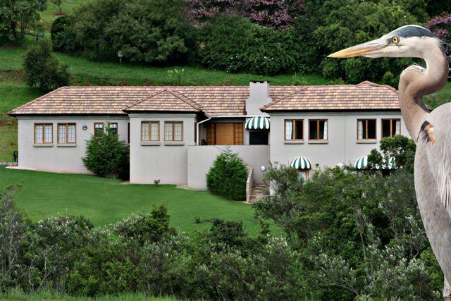 Tuscan villa - Drakensberg mountains luxury self catering accommodation - Pongola - rentals