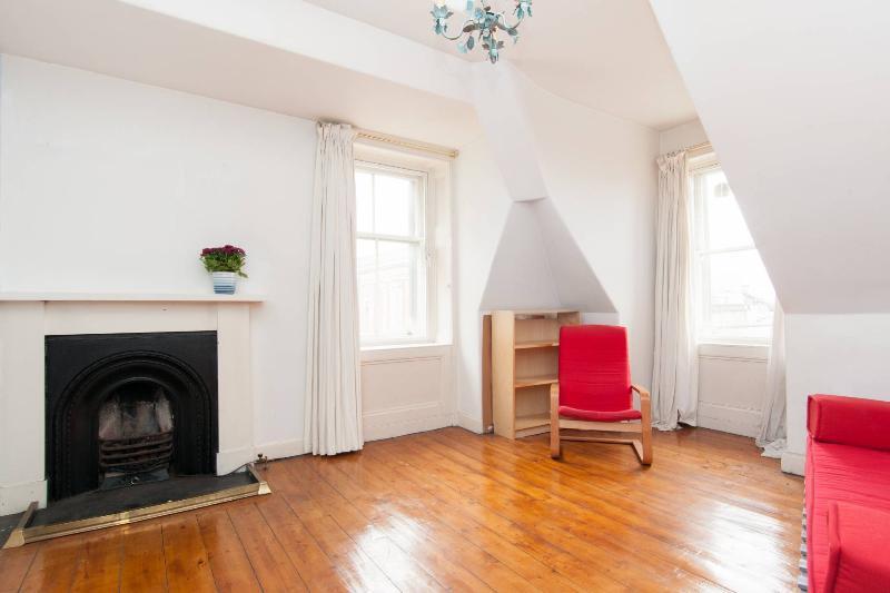 Living room - Top city center flat - Edinburgh - rentals