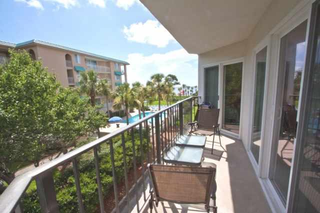 Ocean view from the balcony - Great Ocean View Condo on the Beach - Saint Simons Island - rentals