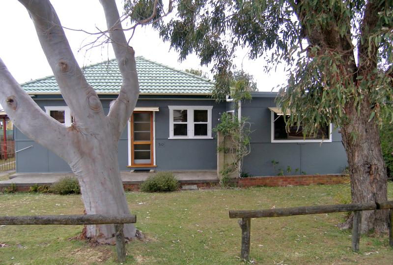 Front of Cottage - Toowoon Bay Cottage - Central Coast, NSW Australia - Toowoon Bay - rentals