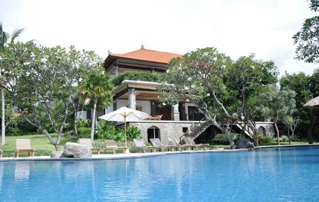 Villa + expansive swimming pool - Palatial Luxurious Villa In The Lovina Hills - Lovina - rentals
