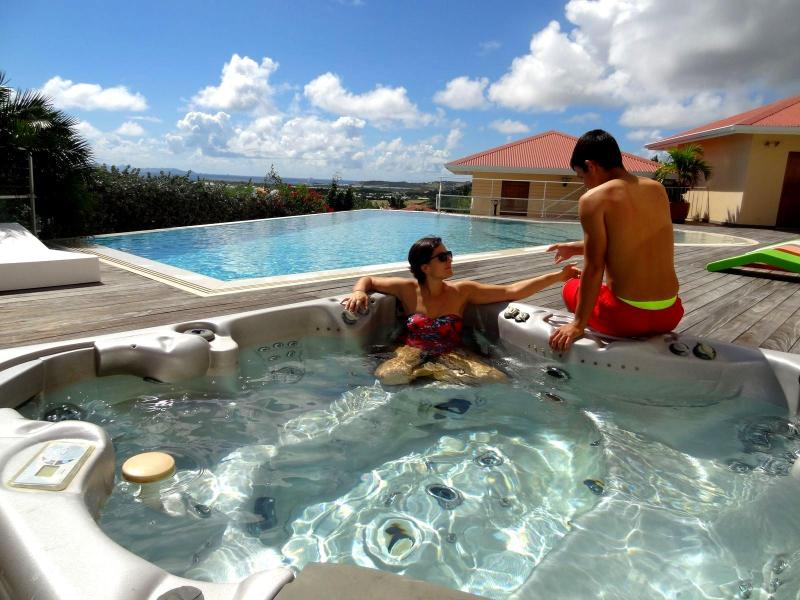 hot tube and pool - villaedenview.com - Orient Bay - rentals