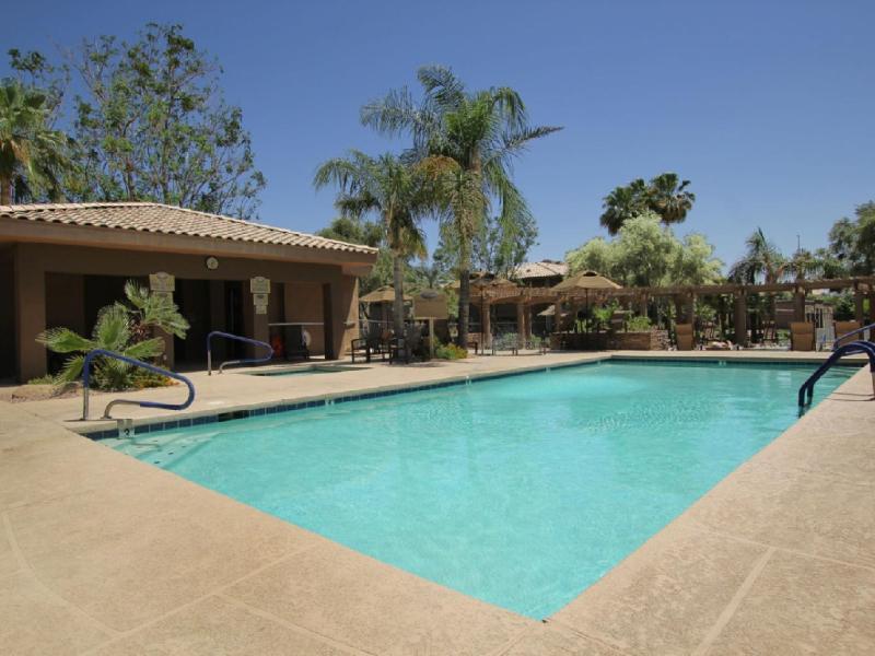 Pool Area - Scottsdale Kierland contemporary condo w/Wifi - Scottsdale - rentals