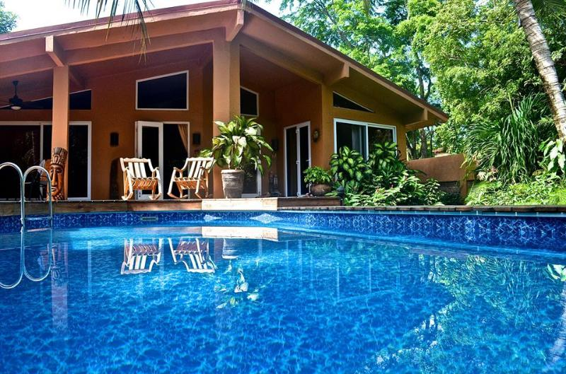 Casa Pelicano - - 3 bedroom house with pool, steps from the beach - Image 1 - Playa Grande - rentals