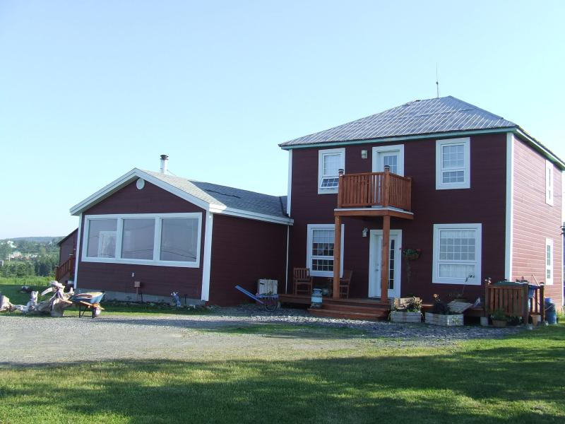 Madame Alain's (B&B) offers a panoramic seaview - Image 1 - Gaspe - rentals
