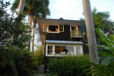 Casa Voladora - Ocean Views, Walk to Beach, Romantic House - Manuel Antonio National Park - rentals