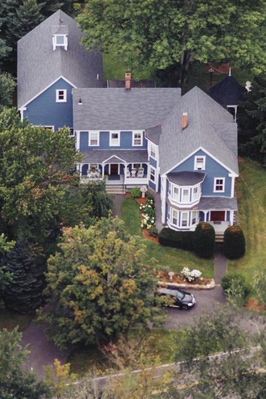 Sky View of Richards Lakin House - Richards Lakin House Apartment.  1 Bdrm apt for 3 - Pepperell - rentals