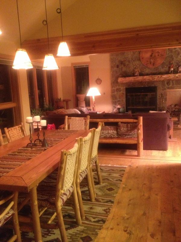 Living room/dining room upper level - Sleeps up to 15 near Keystone - Dillon - rentals