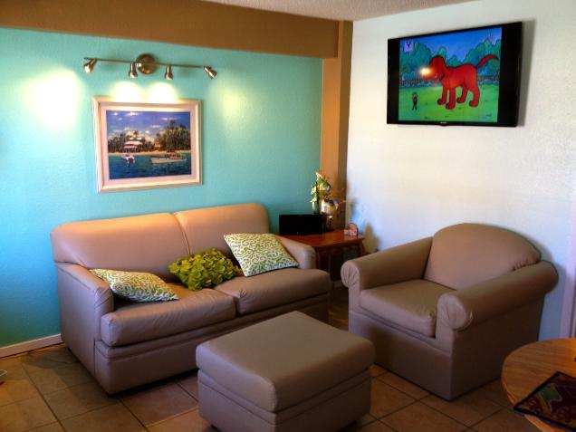 Leaving room w/ flat screen - South Padre Island Sea Side Condominium - South Padre Island - rentals