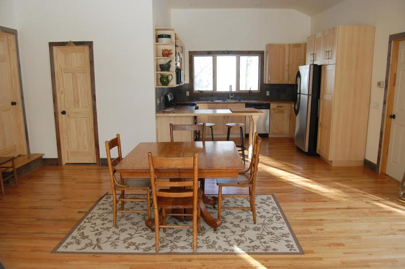 Catskills Creekside Vacation House - Image 1 - Livingston Manor - rentals